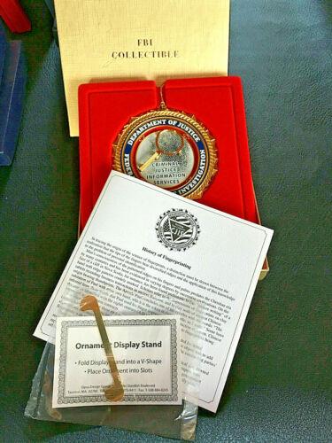 (1) Federal Bureau of Investigation FBI Dept of Justice Christmas Ornament X003