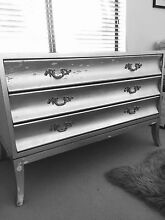 3 drawer dresser / chest of drawers Mount Claremont Nedlands Area Preview
