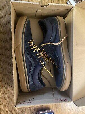 Vans Old Skool Mens Size 8.5 Navy Blue Skate Shoes. Brand New.