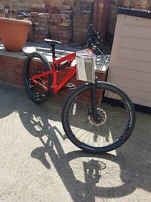 Boardman MTR 8.9 Unisex mountain bike rockshox, full suspension. Small frame