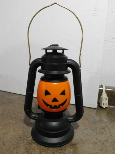 VTG Trick Or Treat Halloween Pumpkin Blow Mold Lighted Plastic Lantern Lamp