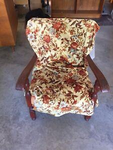 Antique/vintage chair