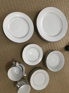 Dinner set new fine china dinnerware gumtree australia melton noritake fine china dinner set fandeluxe Images