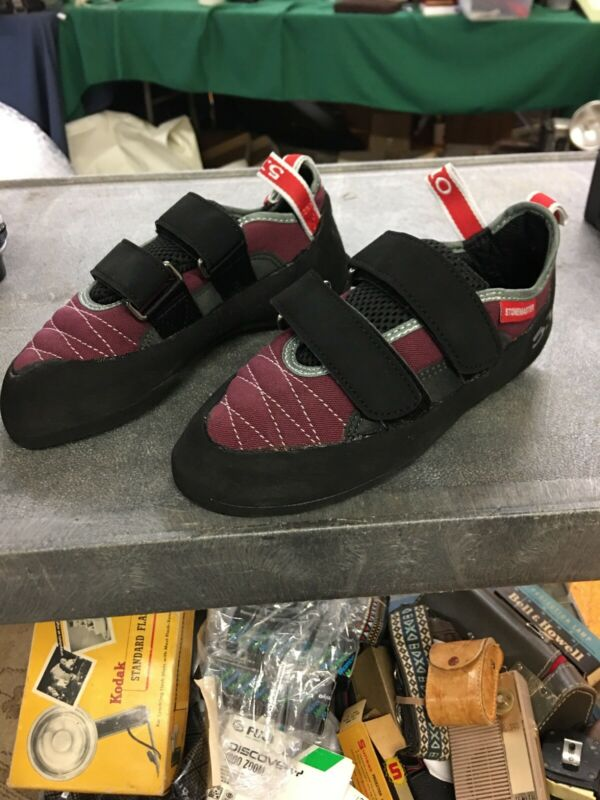 Stonemaster Rental Burgundy/Grey 5.10 Size 5 Climbing Shoes With Stealth Rubber