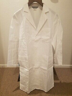 """Brand new Mr. Barco 37"""" 3 pocket lab coat style 9422 65% poly 35% cotton size 34"""