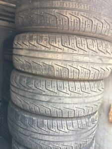 215/60R16 Pirelli pneus d'été 100$