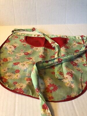 1930-1940's Vintage Child's Kitchen Apron With Daisies and Large Pocket