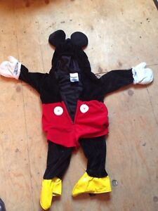 Youth Mickey Mouse costume. Worn twice.