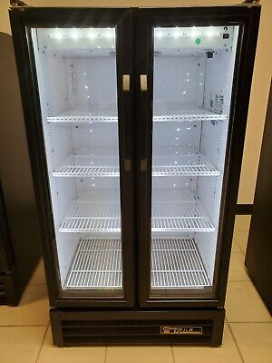 True Gdm-30-ld Glass 2 Door Merchandiser Commercial Refrigerator