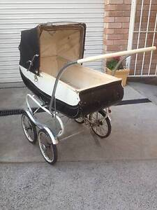 Vintage Old Pram Midway Point Sorell Area Preview