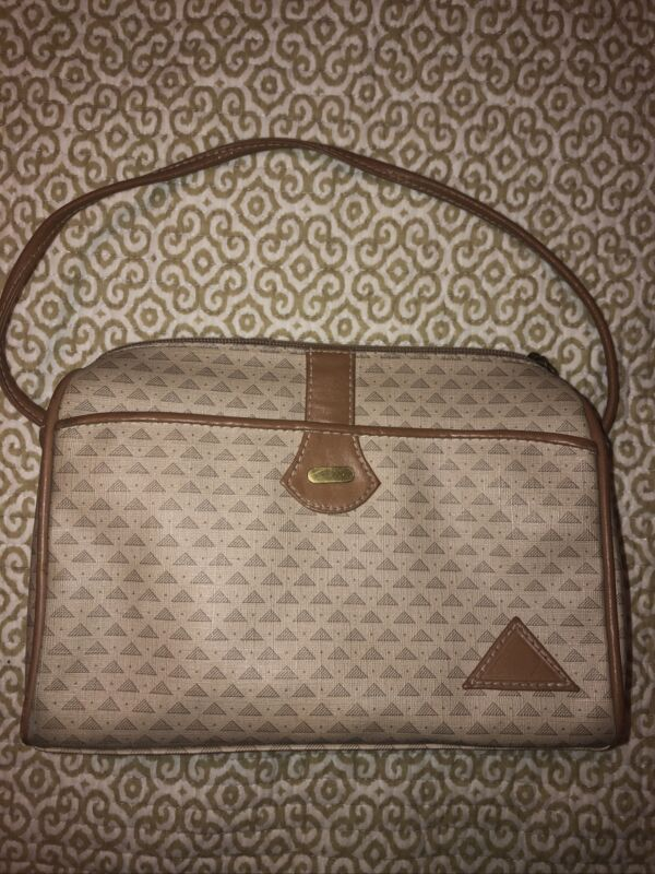 vintage Liz Claiborne purse handbag triangle logo beige leather