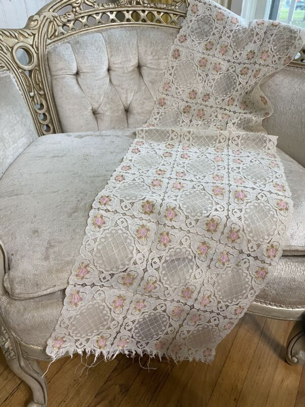"""Beautiful 1900's French Cream Net Lace Runner Pink Floral Daisies Medallions 43"""""""