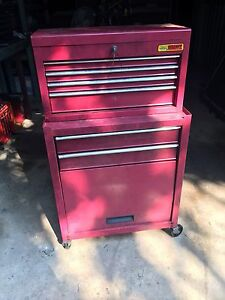 Tool box + roller cab Bakewell Palmerston Area Preview