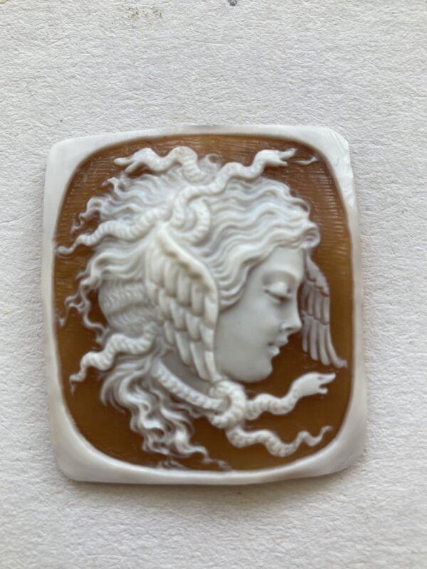 "BEAUTIFUL SHELL CAMEO  MITHOLOGICAL HANDMADE PROFILE ""MEDUSA"""