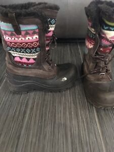 Size 3 north face winter boots