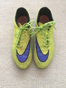 Nike soccer shoes - size 8.5 Us