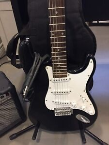 Electric guitar and amp package