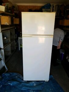 Kelvinator Fridge Freezer