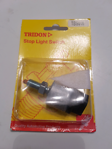 stop light switch magna and many more cars Trott Park Marion Area Preview