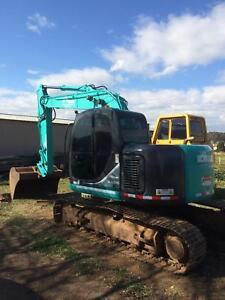 Excavator , Drott / dozer & bobcat hire