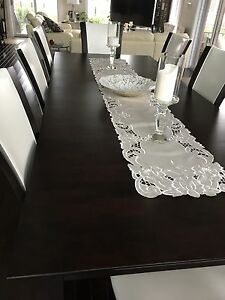 Dinning Room Table (Table Only) Windsor Region Ontario image 3