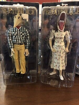 NECA Beetlejuice Stretched Face Adam and Stretch Face Barbara Action FIgures