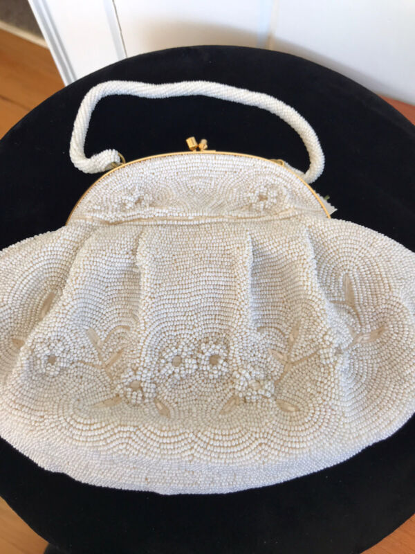 Vintage La Regale Beaded Purse Made with Italian Beads in Japan  Raised Floral D