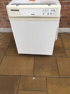 Dishwasher kenmore lave-vaisselle