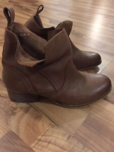 Urban outfitters leather booties size 9
