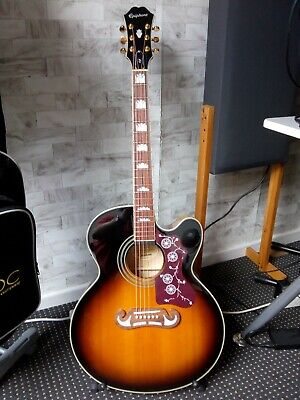 Epiphone EJ-200CE Jumbo Acoustic - Excellent condition with box