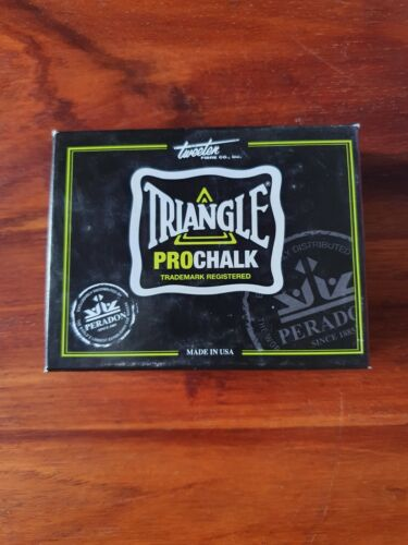 TRIANGLE PRO CHALK BOX (12 PIECES)