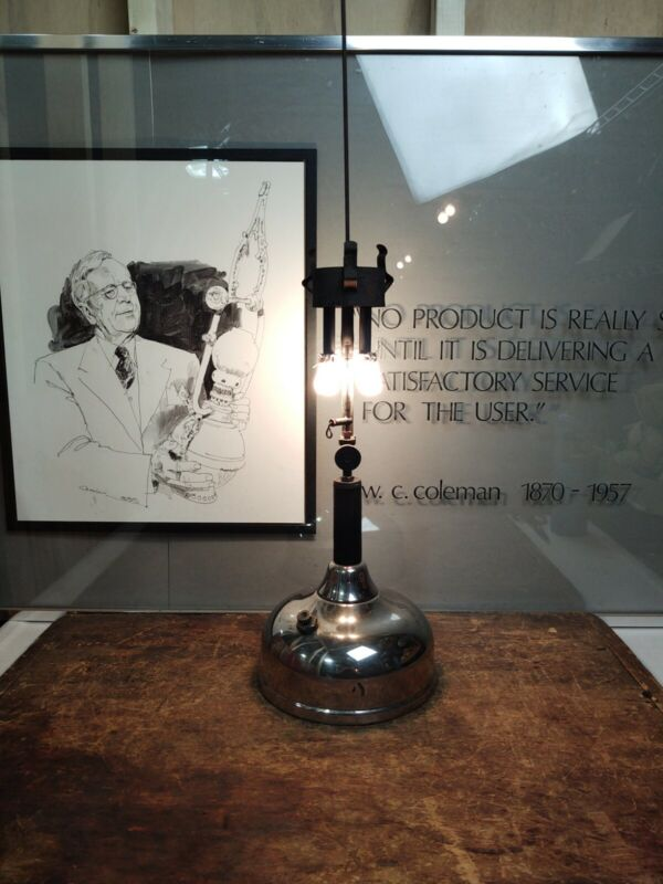 Antique 1926 COLEMAN Model CQ Quick Lite Table Lamp Dual Burner Wichita KS Works