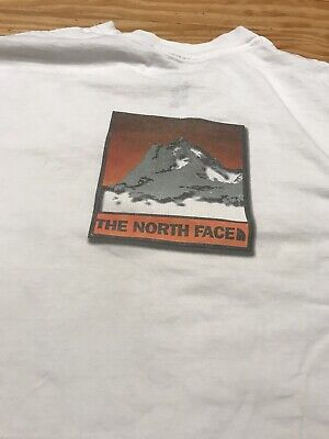 THE NORTH FACE WHITE GRAPHIC T-SHIRT SIZE MEN LARGE
