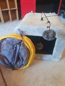 Cat scratch box and tunnel