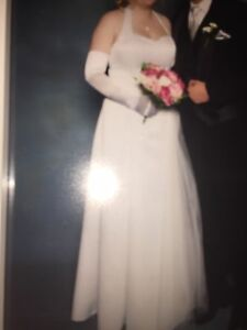 DEB DRESS/WEDDING DRESS HOLTANECK SIZE 16 Hadfield Moreland Area Preview