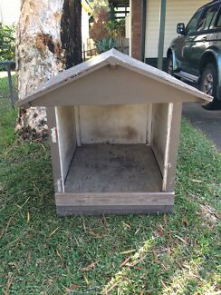 Dog house just $40! Sandgate Brisbane North East Preview
