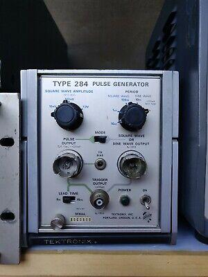 Tektronix Type 284 Pulse Generator Tested Working