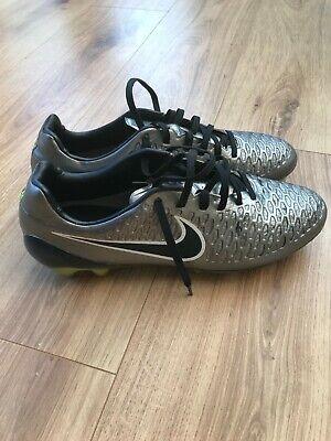 Nike Magista ACC SG - Metallic/Black/White - Size 8.5 UK