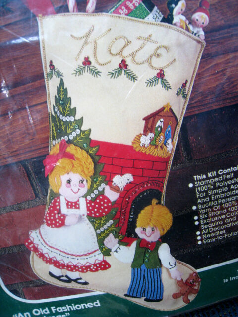 What stores sell old-fashioned Christmas stockings?