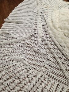 Crochet couverlet double bed.