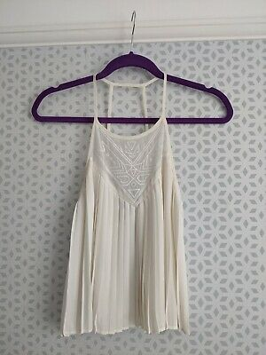 KENDALL & KYLIE cream pleated high neck cropped cami top size small