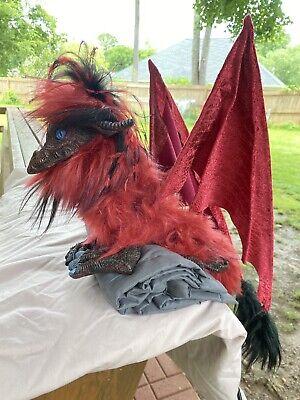 DRABBIT Shoulder Cable Puppet Imaginarium Galleries Renaissance Dragon RED