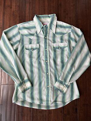 1970s Men's Shirt Styles – Vintage 70s Shirts for Guys Mens Vintage 1970s Pearl Snap Western Shirt Medium Rappers USA Big Collar $37.50 AT vintagedancer.com