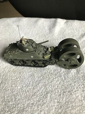 Unimax Forces of Valor 1:72 M4A1 Sherman-Mine Roller Normandy '44 Loose