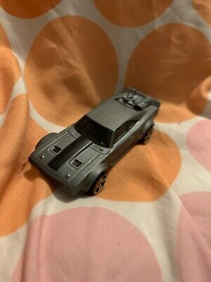 Hot Wheels 2017 Ice Charger