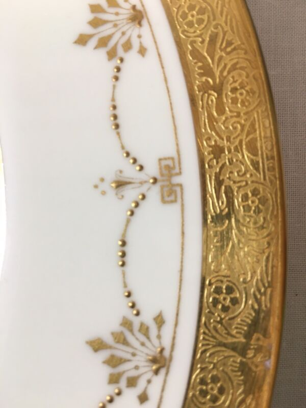 """(8) Minton H3087 Gold Encrusted/Beaded 10.3"""" DINNER PLATES with Eagles & Urns"""