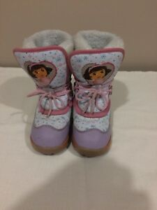 Size 10 little girls Dora snow boots