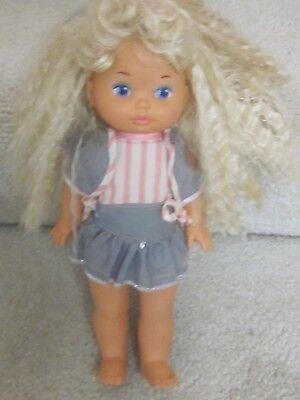 Nice Dress Up Clothes (1988 Mattel girl doll- nice shape,'Lil Miss Dress)