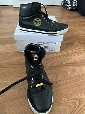 **100% GENUINE** VERSACE MEDUSA BLACK LEATHER TRAINERS. Uk Size 8 EU 42