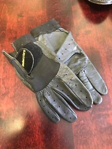 Ladies curling gloves